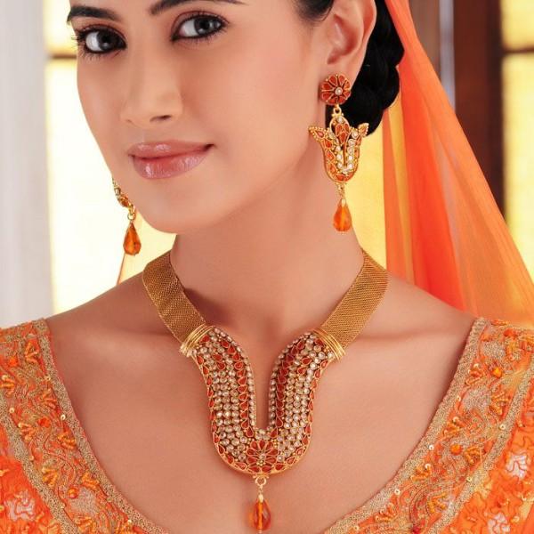Latest Pakistani Bridal Jewellry Designs 2018 4