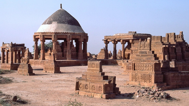 Mohenjo-Daro and Thatta Tourist Places In Pakistan To Visit