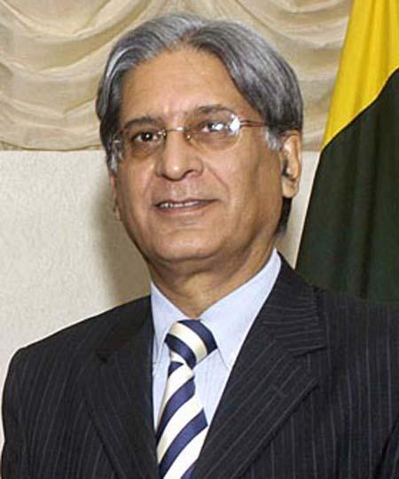 Aitzaz Ahsan Top 10 Lawyers Of Supreme Court Of Pakistan