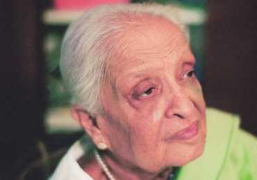Fatima Surayya Bajia Books Novels And Dramas Name List